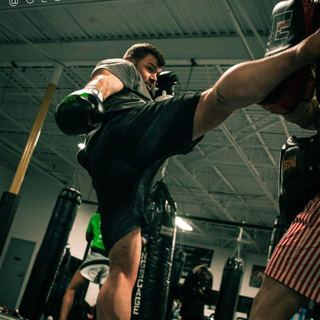 MMA Muay Thai